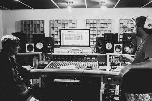 Riley Flood - Studio